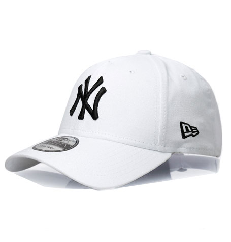 5f3bb025e9aed New Era NY Yankees White Black 9Forty Cap