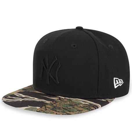 ef1e7794432 New Era New York Yankees Camo Patchwork 9Fifty Black Snapback