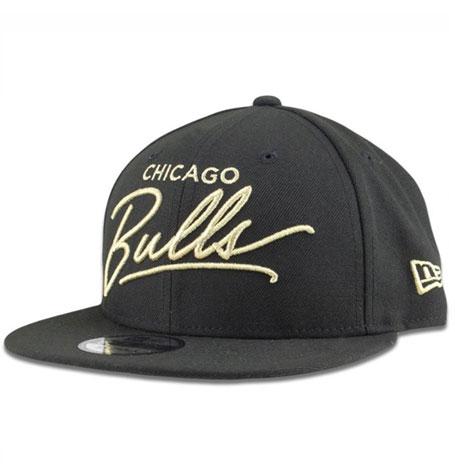 new concept 0a58e 54ea1 New Era Chicago Bulls 9FIFTY Snapback Hat Black Gold Script   Da Cave Store  Singapore