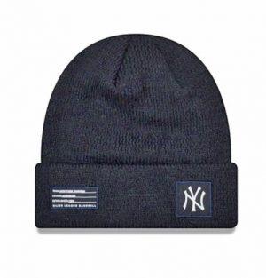 New Era NY Yankees Navy Beanie